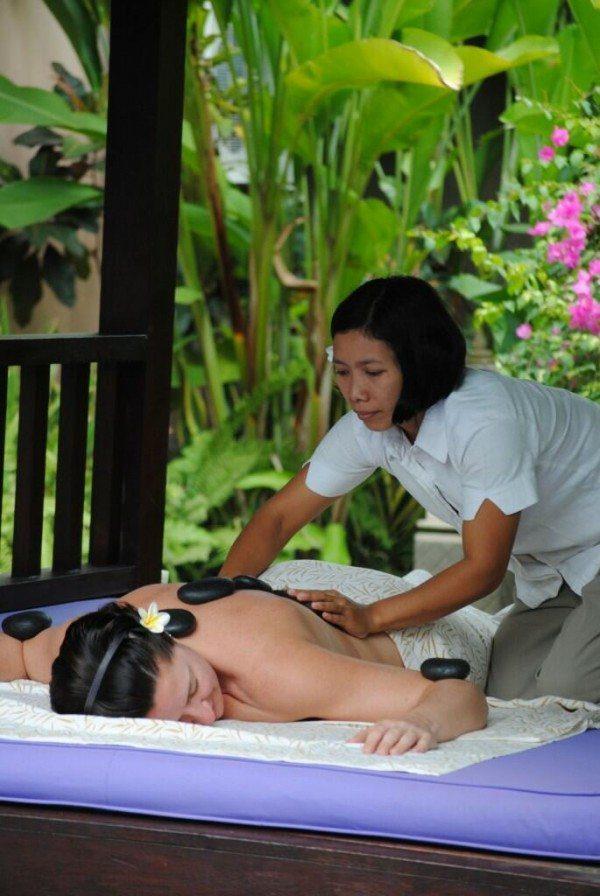 Bliss Sanctuary For Women, Canggu guest enjoying massage