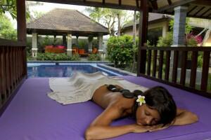 Bliss Sanctuary Hot Stone-Massage