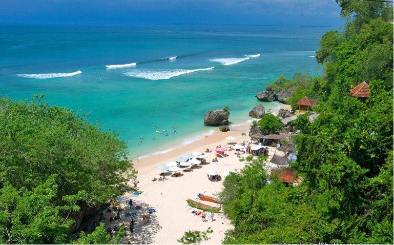 Peaceful relaxation, Batu Bolong Beach in Canggu, Bali