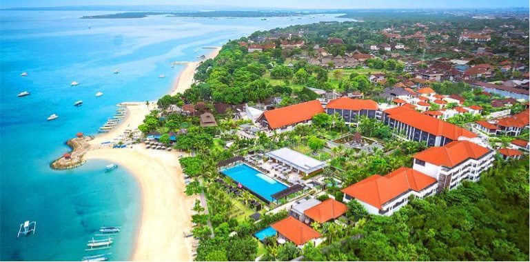 Sanur Beach, Bali, snorkelling, parasailing, stand-up paddle boarding