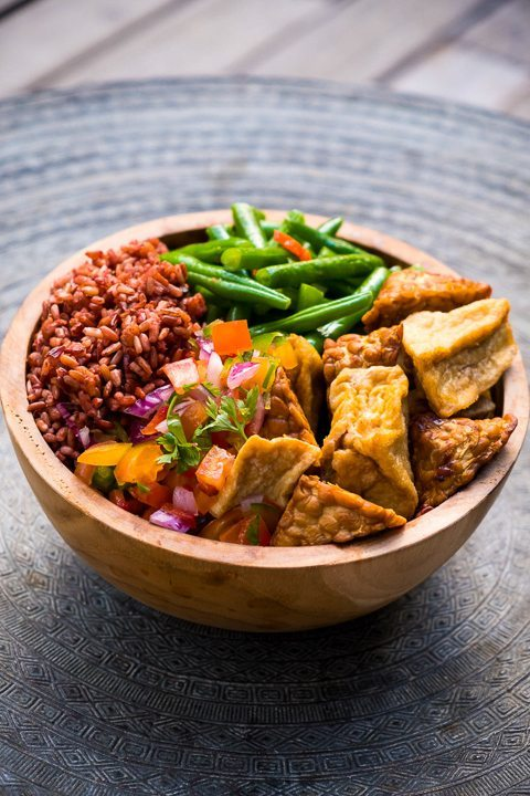 Delicious chicken bowl dish - healthy food is delicious and abundant at our Bliss Bali wellbeing retreat