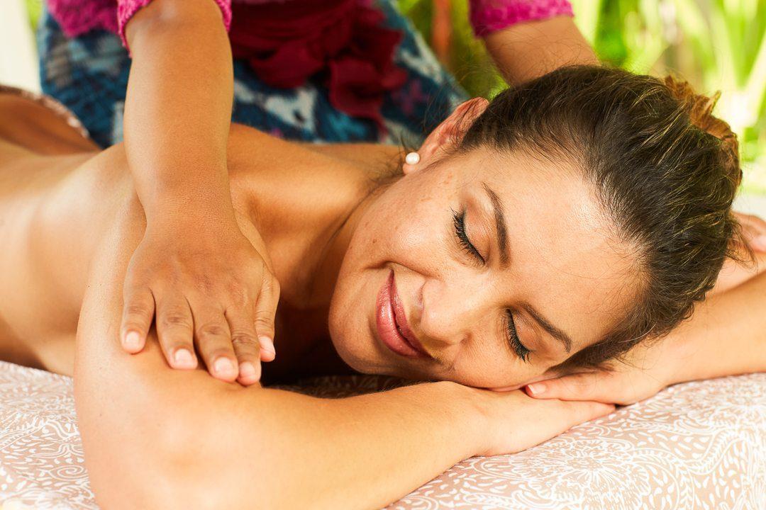 Blissful massage at Bali retreat