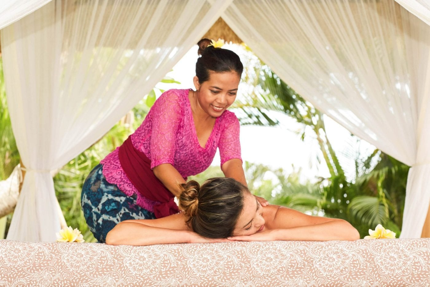 Relaxing massage at Bliss