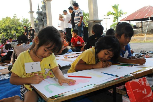 Humanitarian Package This package is all about giving back to the children of Bali.