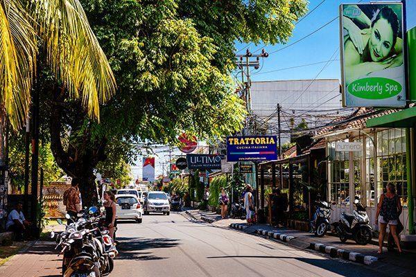 Women's retreat - Seminyak, Bali street life