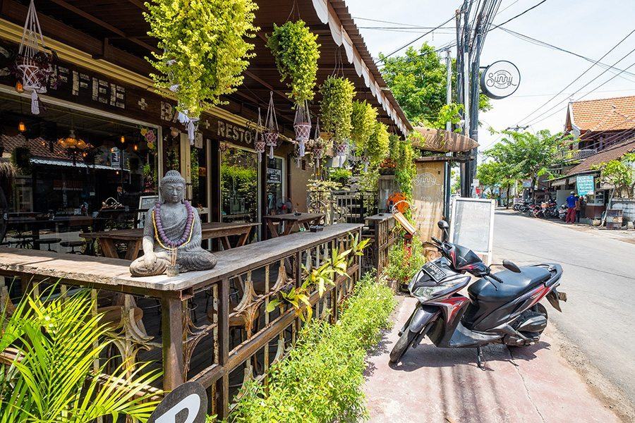 Bali retreat, Bliss sanctuary for women, Canggu local area, shops