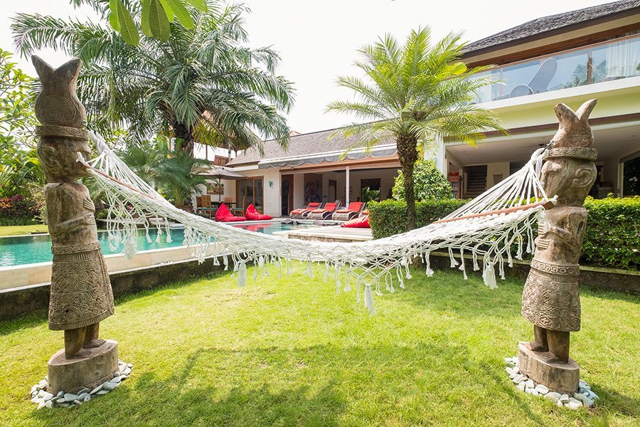Bali retreat, Canggu, Bliss Sanctuary for Women gorgeous gardens with hammock and chill out areas to relax and unwind