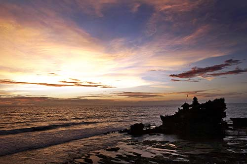 things to do in Bali - Tanah Lot sunset
