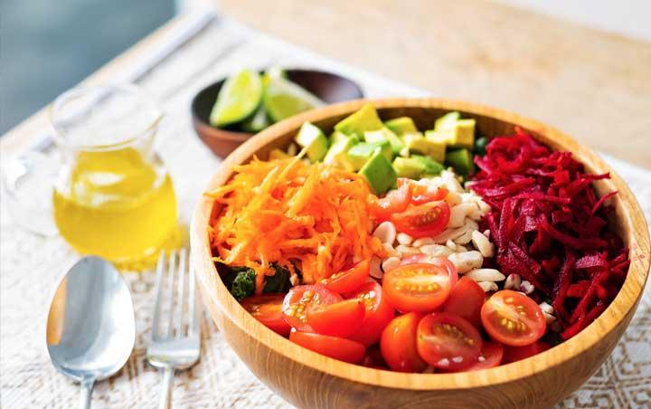 kale breakfast salad from bliss bali retreat kitchen