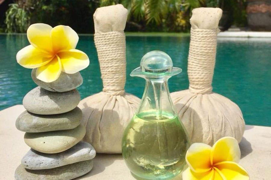 spa experience herbal ball massage Bali retreat women sanctuary