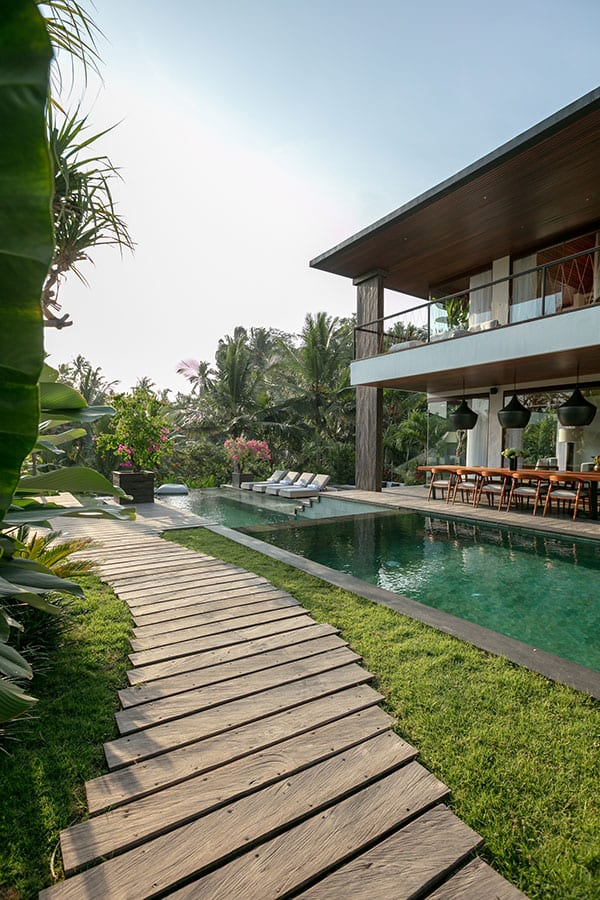 Stunning pool and garden Ubud Bali accomodation
