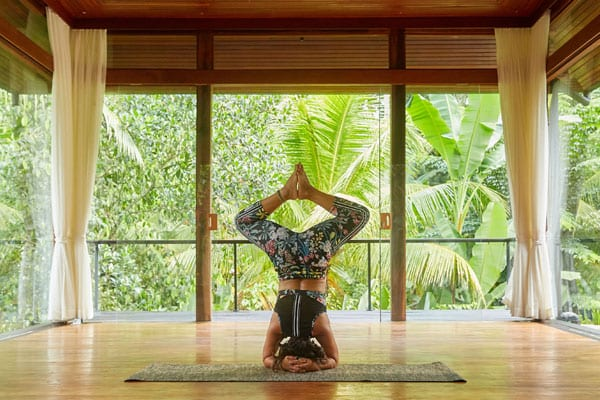 Yoga practice in Bliss Bali retreat