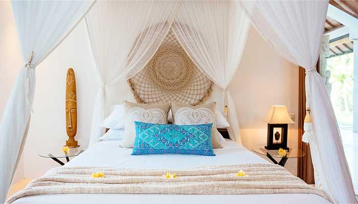 Relaxing beautiful bedroom suite Bliss Bali retreat