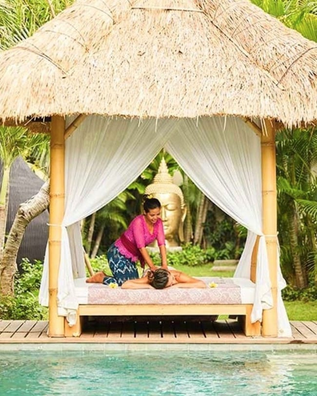 Bliss Sanctuary For Women luxury massage by the pool