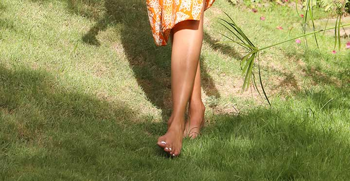 Earthing, walk barefoot in nature