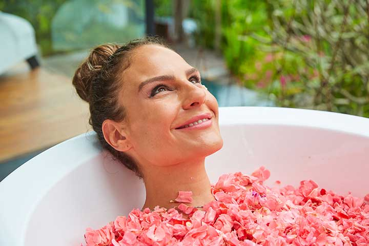 Relax in a wellness bath